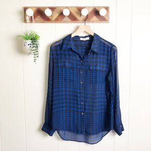 VINCE CAMUTO l Sheer Button Down Top